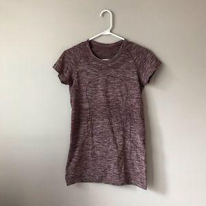 Lululemon swirly burgundy short sleeve